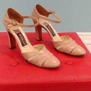 GIVENCHY Paris Vintage Nude HEELS Shoes 7.5